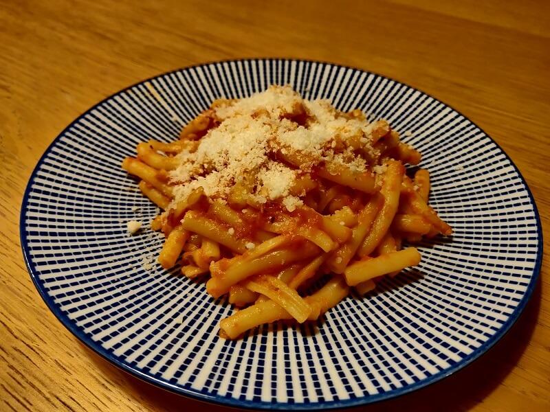 Macaroni à la sauce napolitaine