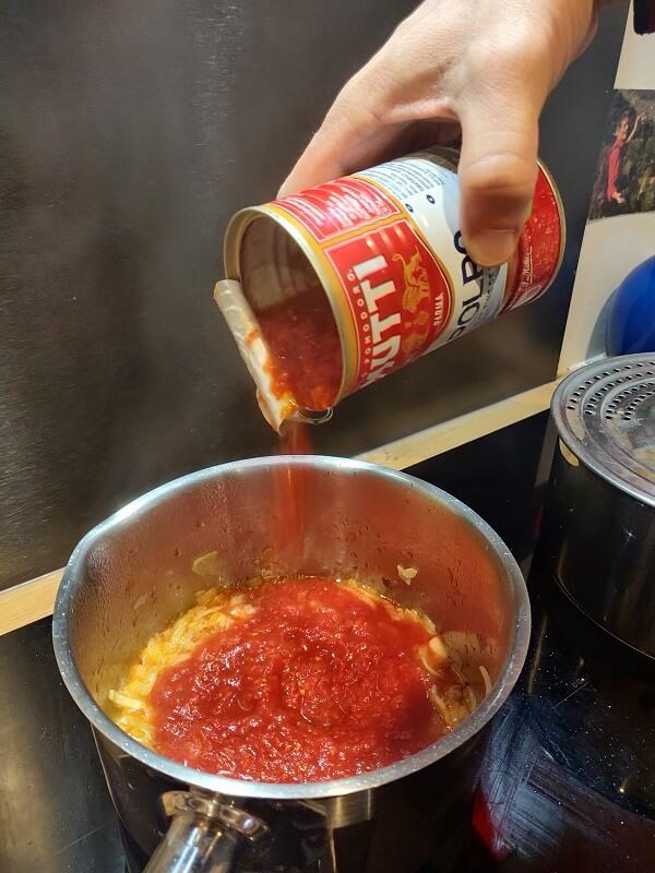 verser sauce napolitaine